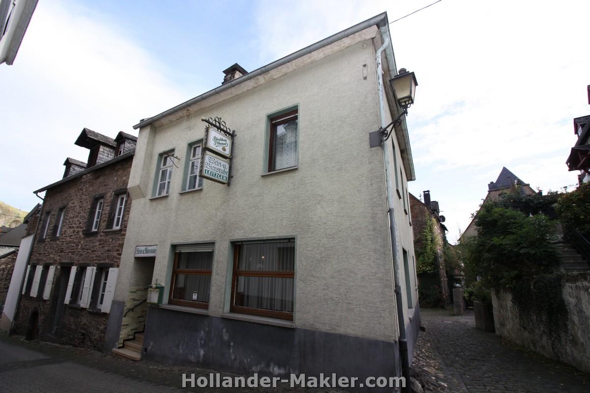 Hollander makler in Zell Mosel bietet Immobilien an Mosel